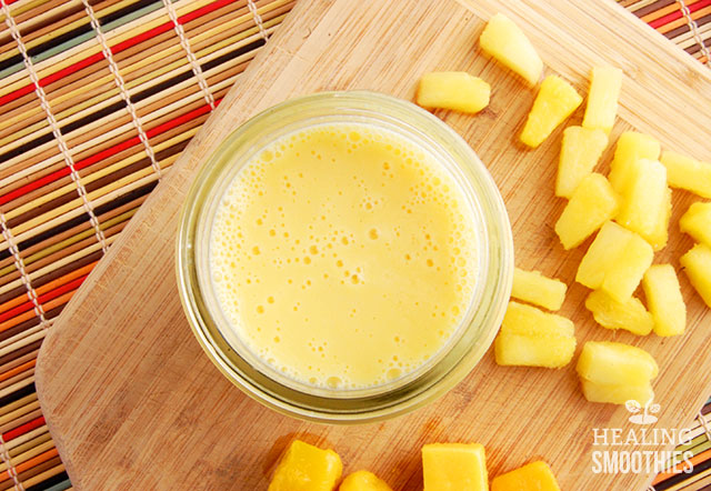 Pineapple Mango Smoothie1